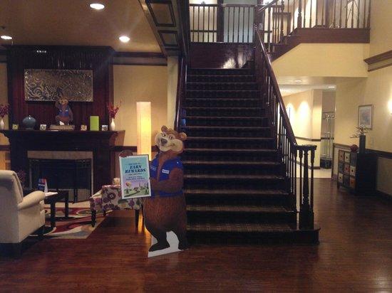 Travelodge Savannah Gateway: Lobby