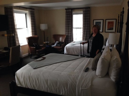 The Lancaster Hotel: Room 508