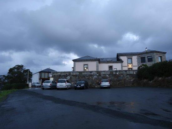 Hotel Semaforo de Bares: la entrada del hotel