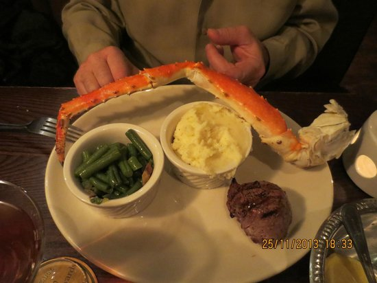 Malone's - Hamburg Place : Steak with crab leg.