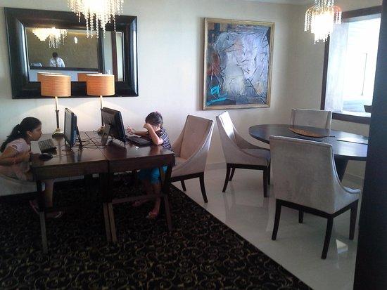KC Hotel San Jose : sala de computo