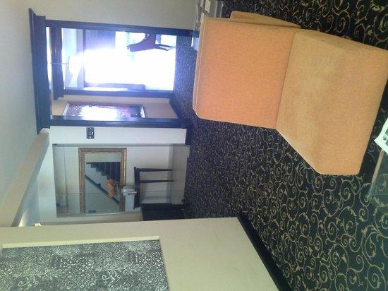 KC Hotel San Jose: Hall