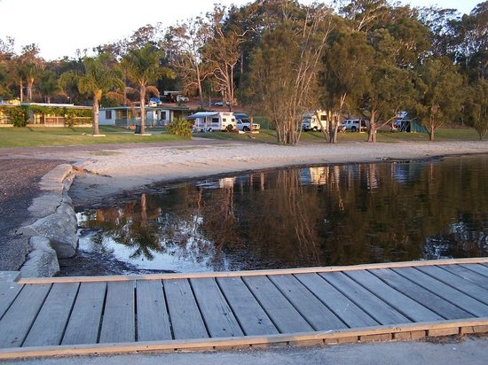 Ingenia Holidays Ocean Lake: Boat ramp and pier