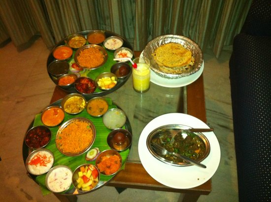 Maurya Residency : Yummy food on room service