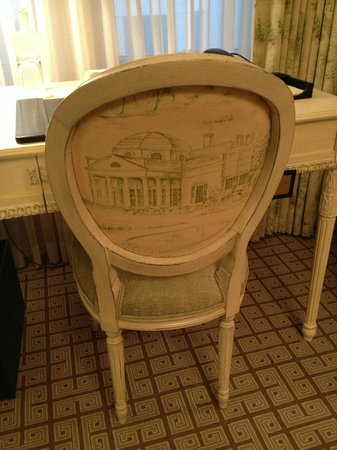 The Jefferson, Washington DC : Chair and writing desk in the room