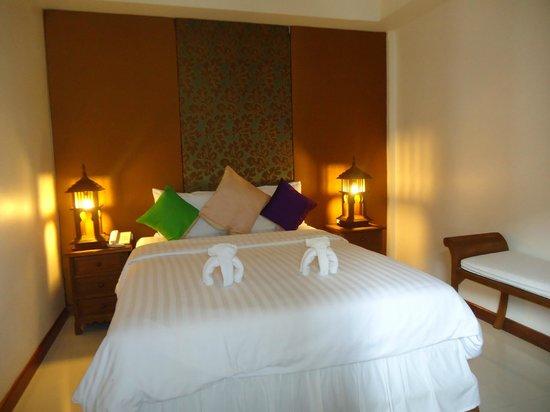 Lullaby Inn: Main Room