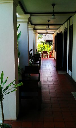 Luang Prabang Residence: Corridor of the main floor