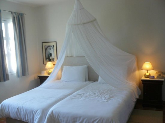 Candia Park Village: спальня