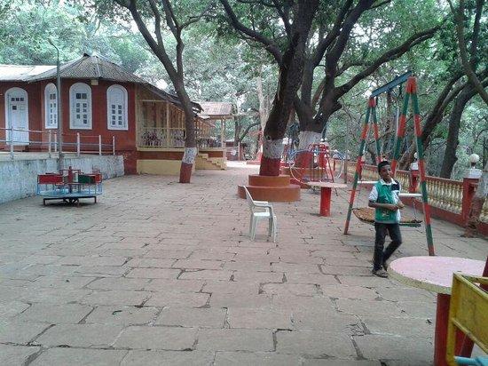 Preeti Hotel: Play Area