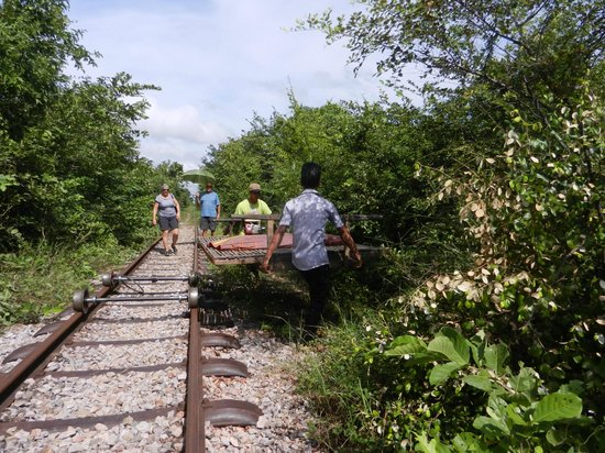 Bamboo Train: quand on croise