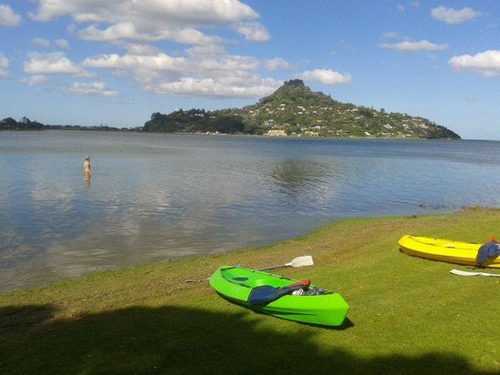 Blue Water Motel: Paku Hill, kayaks from motel