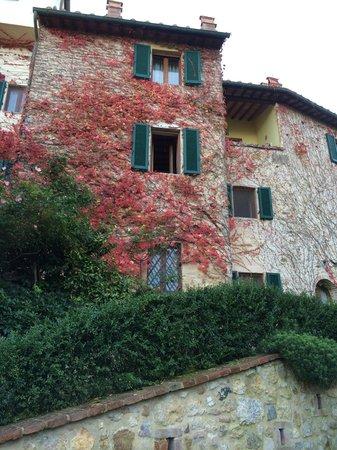 Appartamenti al Poggiolo: Giardino 2 from garden