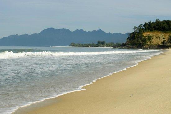 Sunset Beach Resort: Пляж))))