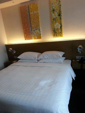 Pullman Bangkok King Power : bed