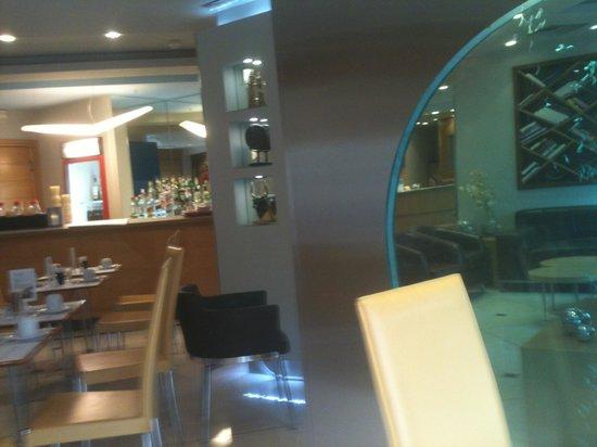 Kastro Hotel : εστιατοριο