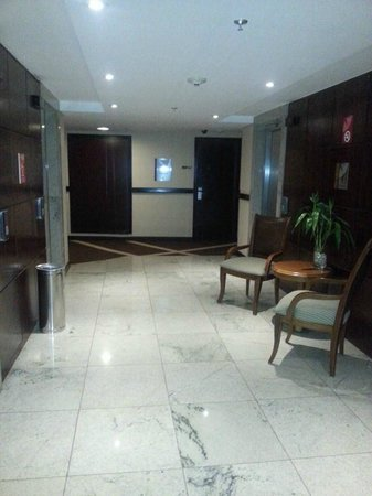 Melia Brasil 21: Area in front of the lifts