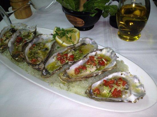 Omerta Trattoria & Wine Bar: Marinated oysters