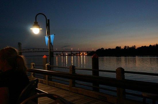 Riverwalk Sunset From Georges Restaurant