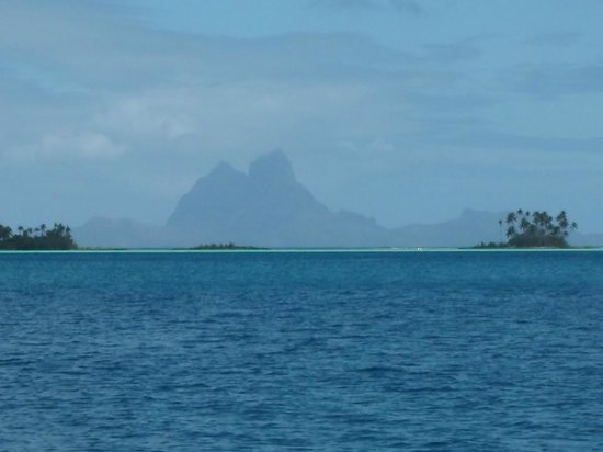 Pension Titaina : Bora Bora - seen from Taha'a