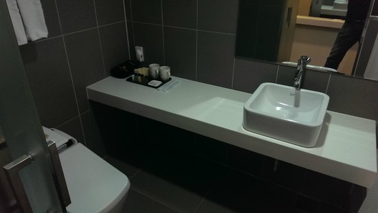 Aventree Hotel Jongno: Bathroom 1