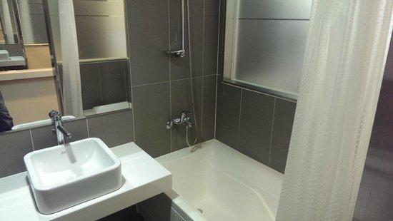 Aventree Hotel Jongno: Bathroom 2