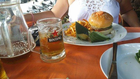Tekor Bali: Feta burger