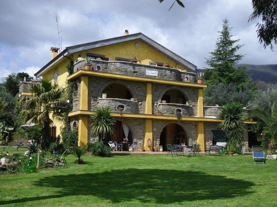 B&B La Culla Dei Castelli Romani - Country  House  Monte Artemiso