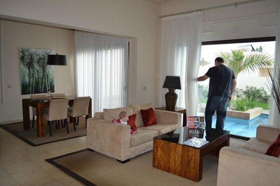 Alondra Villas & Suites: living / dining
