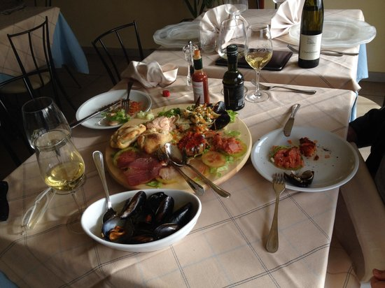 Gran Caffe': Sea food player speciality playter
