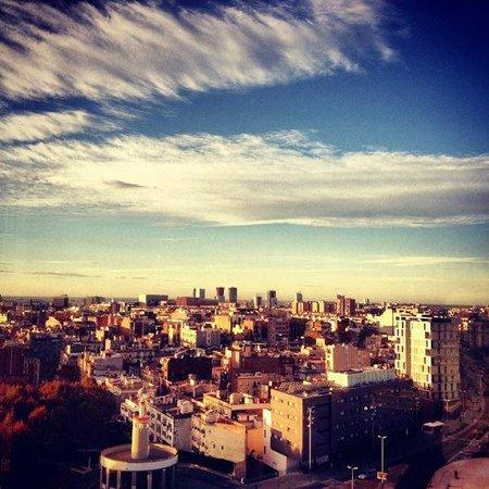 Barcelo Sants : Vistas de Barcelona desde la habitación