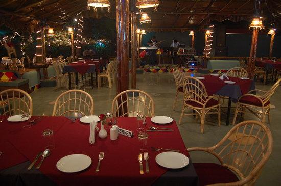 Elliots Restaurant Amp Bar Majorda Restaurant Reviews