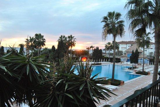 Iberostar Malaga Playa: Vistas desde la terraza de la habitacion