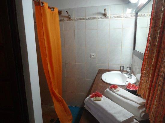 Suarez Hotel : salle de bain