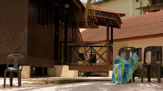 Malibest Resort: Ons huisje met veranda!