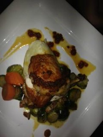 Bacalao - Nouvelle Newfoundland Cuisine : Roasted Chicken Breast with Bakeapple Gastrique