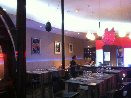 Le 27 Restaurant: salle vide