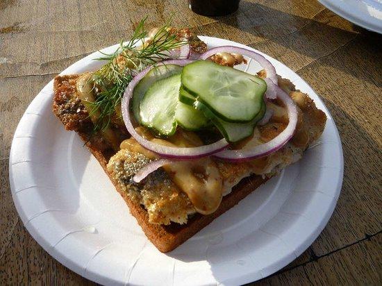Nystekt Stromming: Tartellette