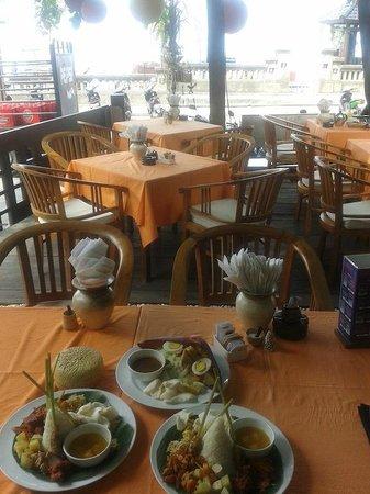 Tekor Bali: Nasi campur and gado gado for brunch