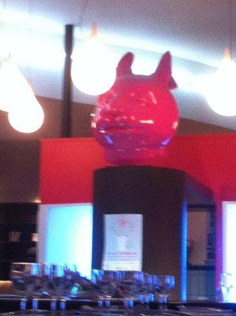 Le 27 Restaurant: re chat