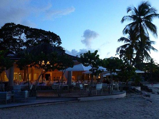 Rendezvous Resort: Dining area