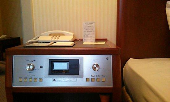 Sapporo Grand Hotel : ラジオもBGM(クラシック)もアラームも