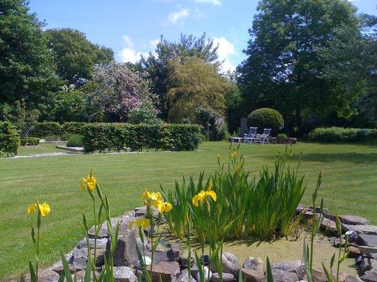 La Lande: 2 acres of gardens