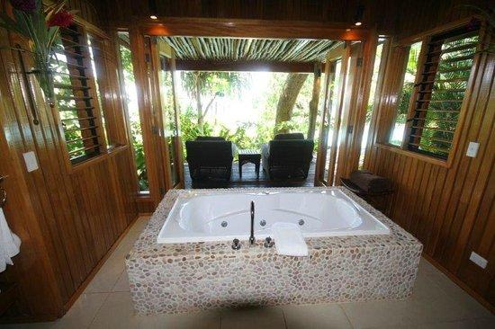 Namale the Fiji Islands Resort & Spa: Duavata indoor spa