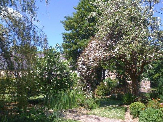 La Lande: The Secret Garden