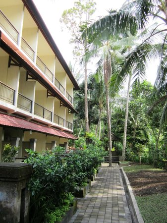 Champlung Sari Hotel : Quiet rooms at the back of the hotel