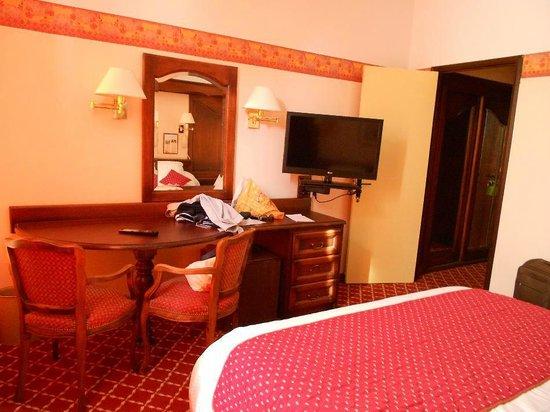 Le Manoir: Chambre