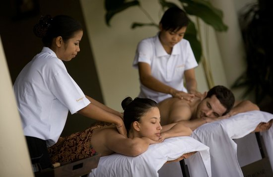 The Kunja Villas & Spa: In Villa Massage