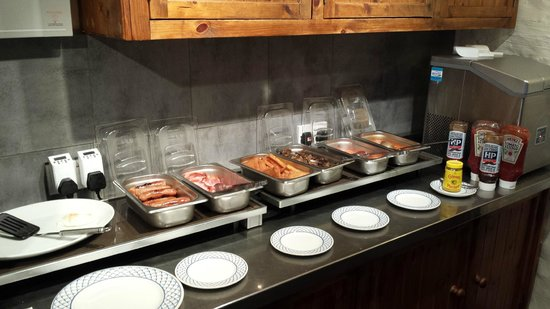 Llanerchindda Farm: Breakfast part 1