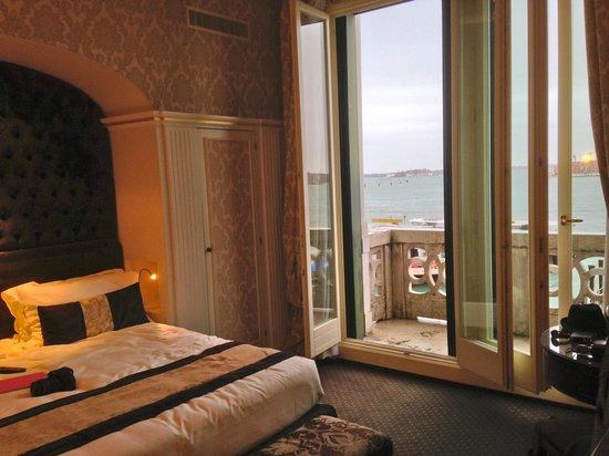 Hotel Londra Palace : The balcony