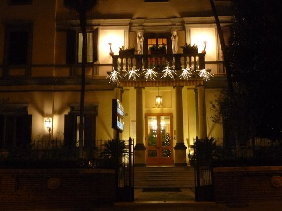 Hotel Chiusarelli : Esterno
